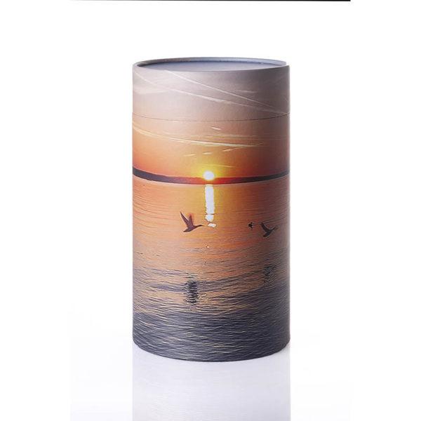 Urne til askestrøning med hav og fugle